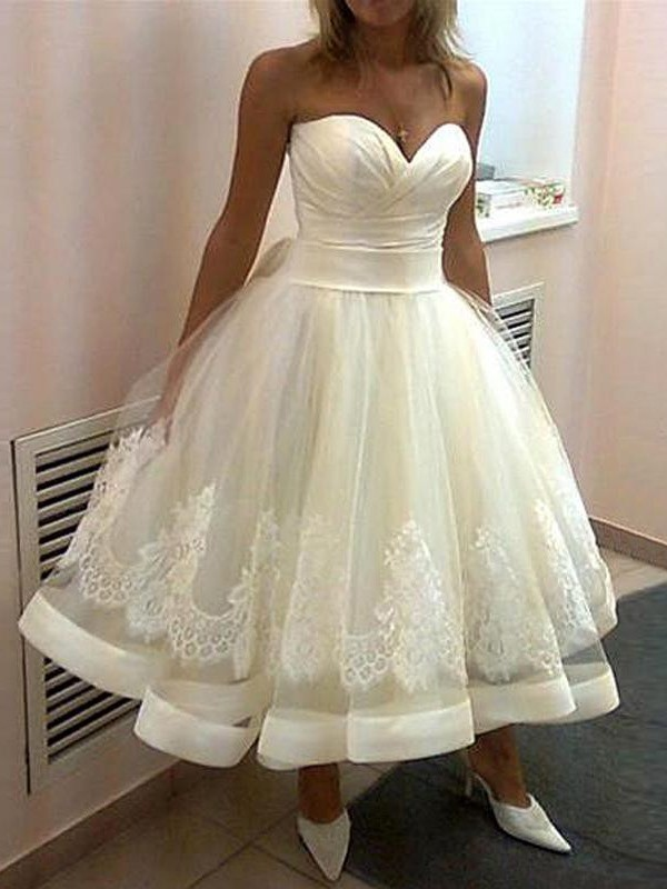 Affordable Ball Gown Sweetheart Tulle Sleeveless Tea Length