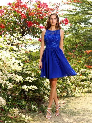 Charming A-Line Bateau Sleeveless Short Chiffon Bridesmaid Dress