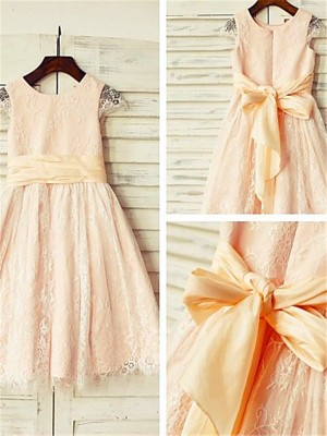 Stylish A-line Scoop Short Sleeves Tea-length Lace Flower Girl Dress