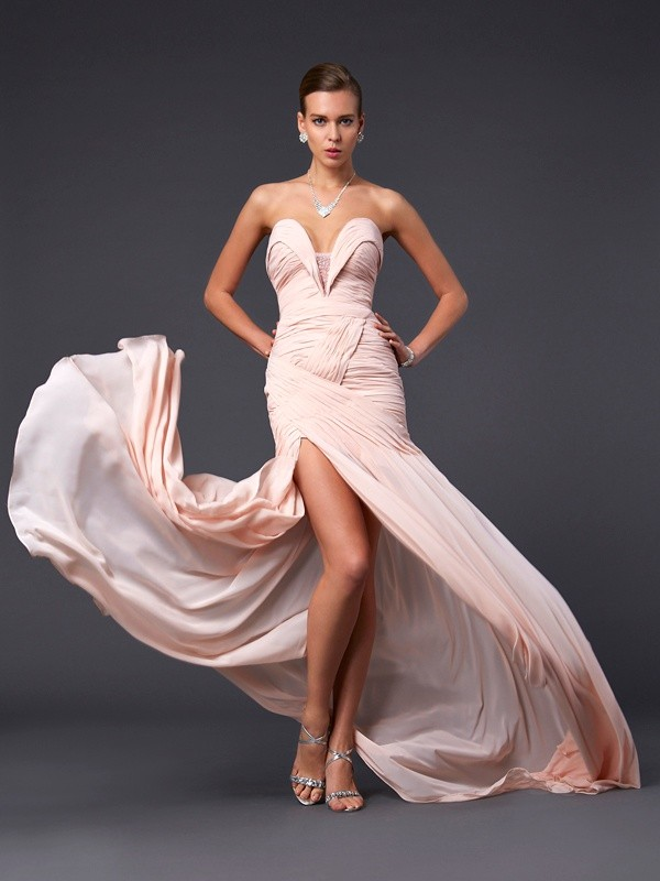 Beautiful Sheath Sweetheart Sleeveless Long Chiffon Dress