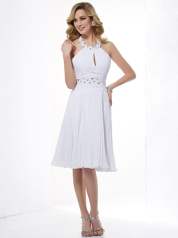 Stylish A-Line Halter Sleeveless Short Chiffon Bridesmaid Dress