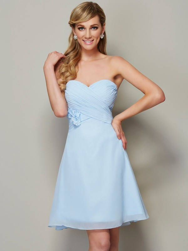 Stylish A-Line Sweetheart Sleeveless Short Chiffon Homecoming Dress
