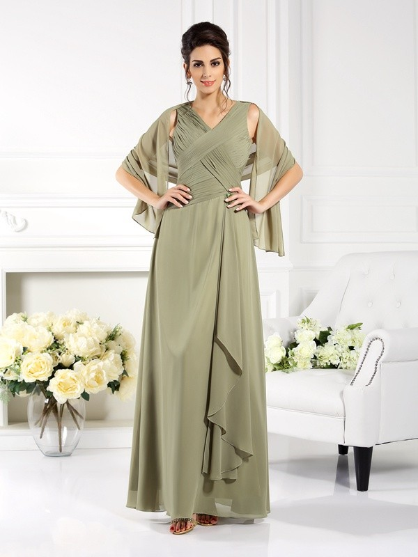 Exquisite A-Line V-neck Sleeveless Long Chiffon Mother of the Bride Dress