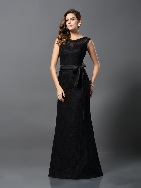 Charming Sheath Scoop Lace Sleeveless Long Satin Dress