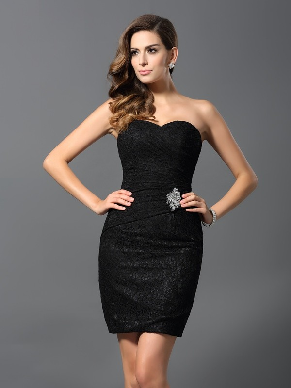 Charming Sheath Sweetheart Sleeveless Short Lace Cocktail Dress