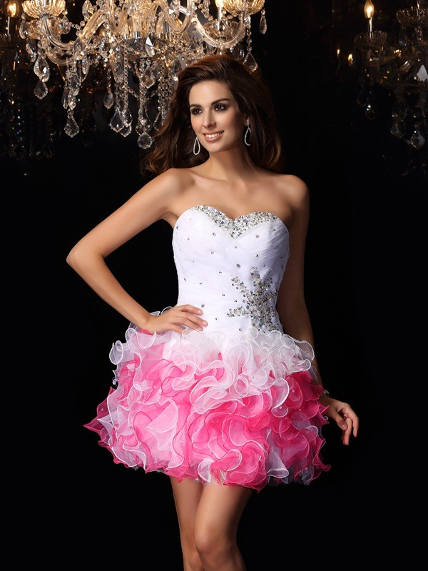 Charming A-Line Sweetheart Sleeveless Short Organza Cocktail Dress