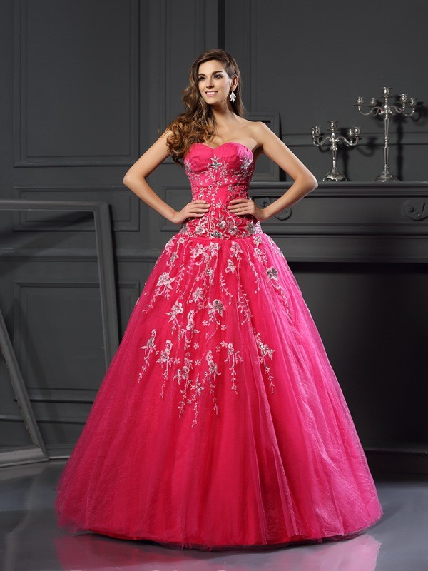 Classical Ball Gown Sweetheart Sleeveless Long Net Quinceanera Dress