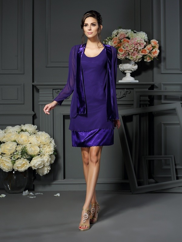 Classical A-Line Square Sleeveless Short Chiffon Mother of the Bride Dress