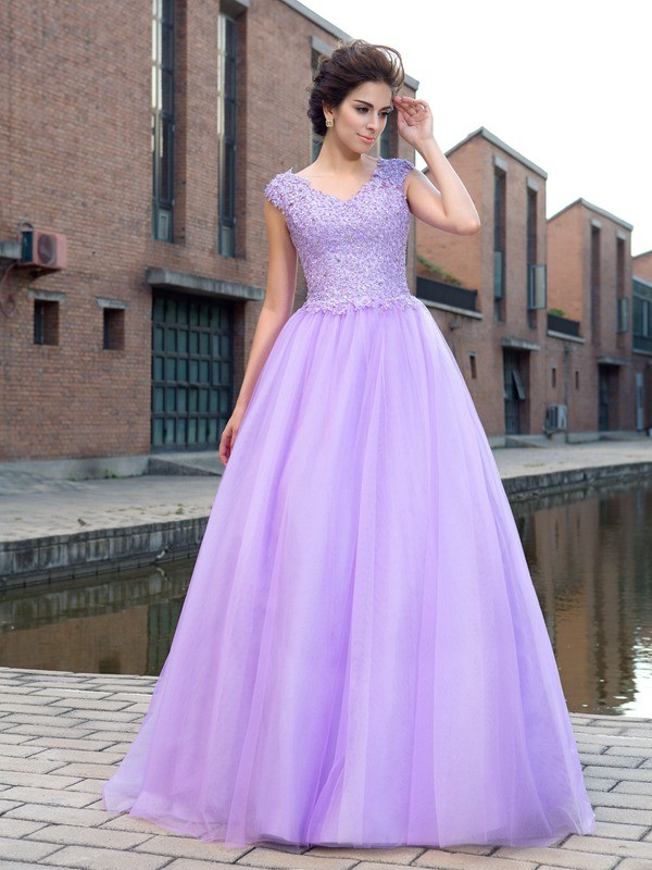 Nice Ball Gown V-neck Short Sleeves Long Net Dress