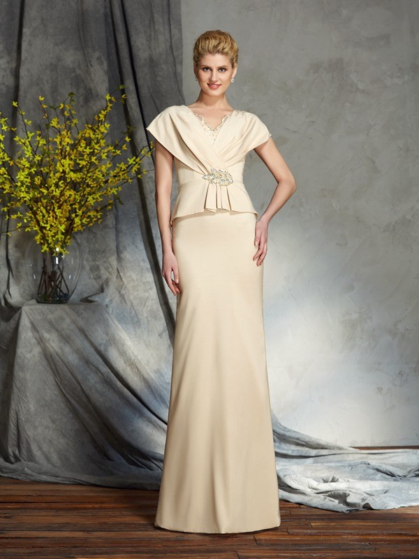 Amazing Sheath V-neck Short Sleeves Long Silk like Satin Mother of the Bride Dress