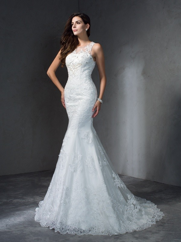 Glamorous Mermaid Scoop Sleeveless Long Lace Wedding Dress