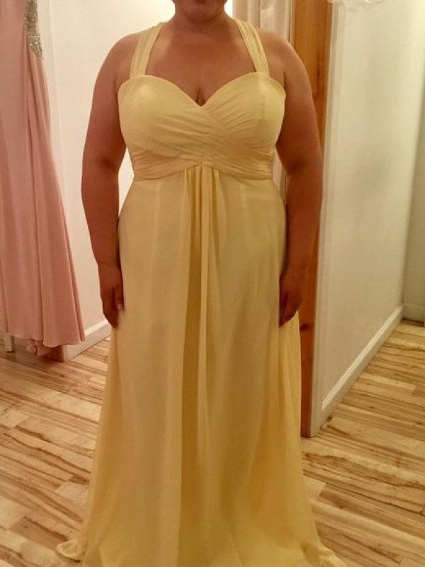 Charming A-Line Halter Sleeveless Floor-Length Chiffon Plus Size Dress