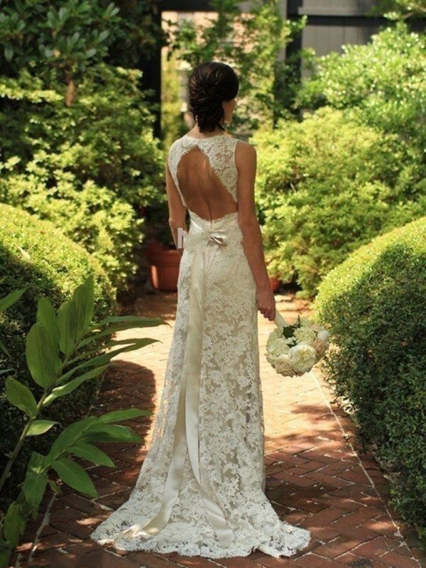 Affordable Sheath Sleeveless Lace V-neck Sweep/Brush Train Wedding Dress