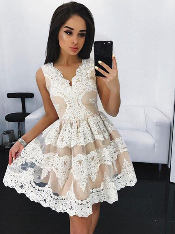 Stylish A-Line V-neck Sleeveless Lace Short/Mini Tulle Dress