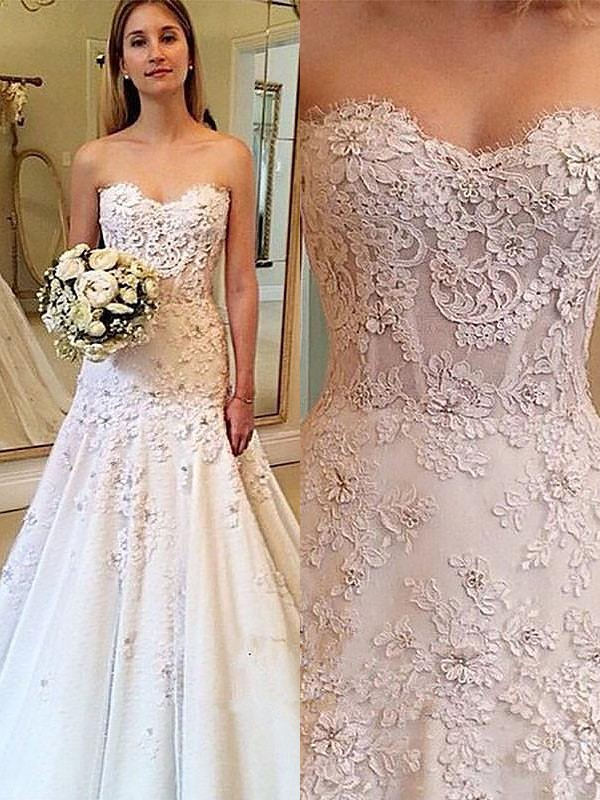 Exquisite A-Line Sweetheart Lace Court Train Sleeveless Wedding Dress