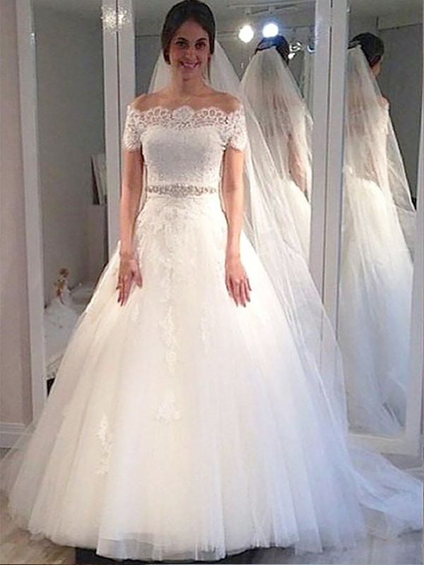 Exquisite Ball Gown Off-the-Shoulder Short Sleeves Tulle Sweep/Brush Train Wedding Dress