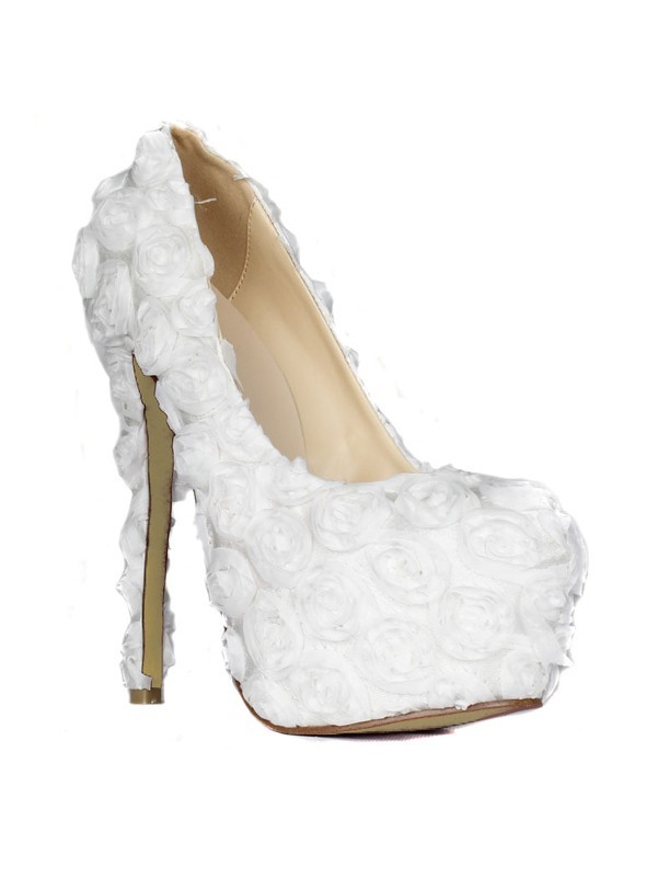Classical Women Stiletto Heel Closed Toe Platform Flowers White Wedding Shoes