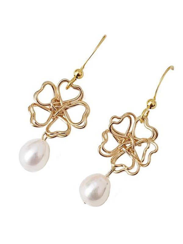 New Hot Sale Pearl With Flower Earrings