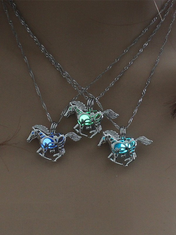 New Trends Vintage Alloy Horse Necklace