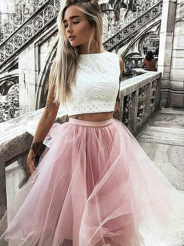 Glamorous A-Line Tulle Bateau Lace Sleeveless Knee-Length Two Piece Dress