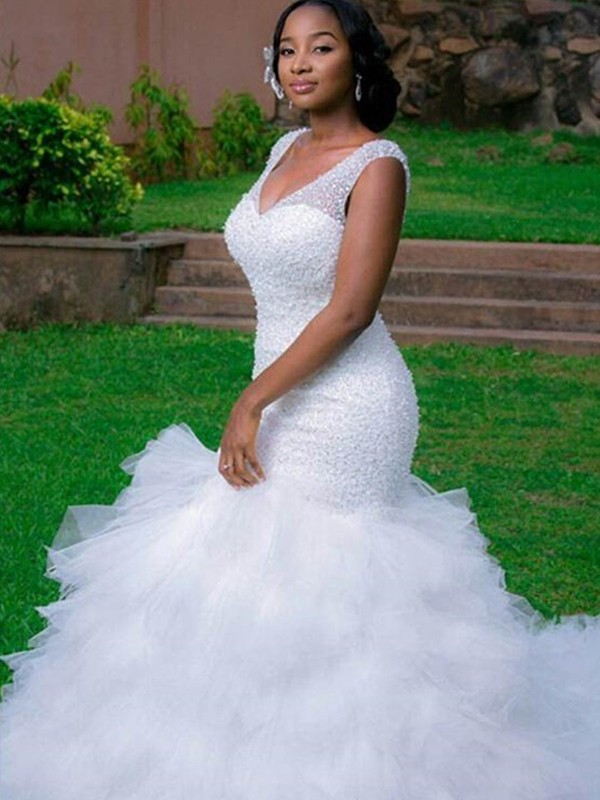 Chic Mermaid V-neck Sleeveless Cathedral Train Organza Wedding Dress