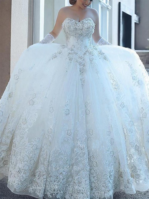 Gorgeous Ball Gown Sweetheart Tulle Sleeveless Cathedral Train Wedding Dress