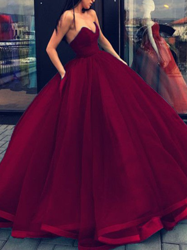Charming Ball Gown Sleeveless Sweetheart Organza Floor-Length Dress