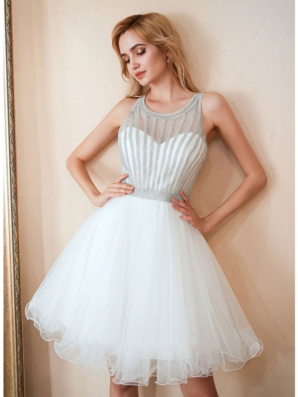 Stylish A-Line Tulle Scoop Sleeveless Short/Mini Homecoming Dress