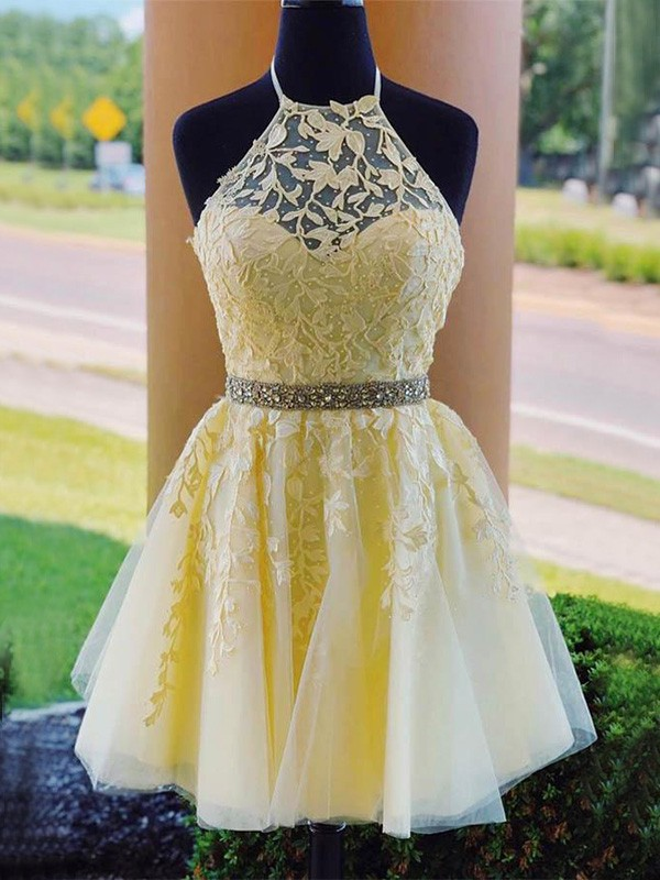 Exquisite A-Line Tulle Halter Sleeveless Short/Mini Homecoming Dress