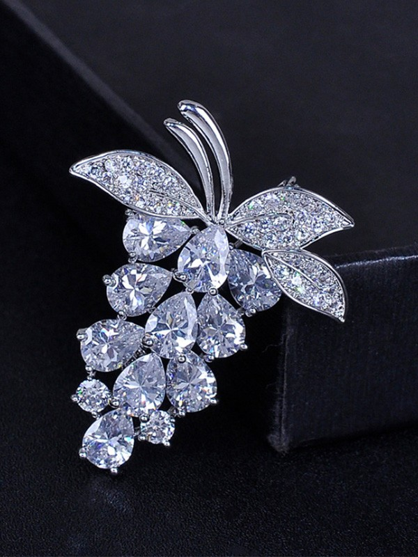 Women's Fashion Fruit Shaped Zircon Wedding Brooch