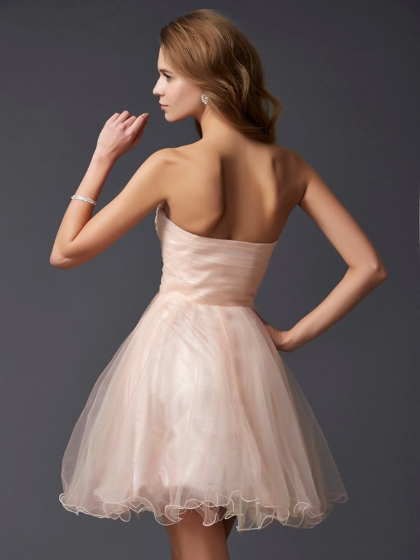 Elegant A-Line Sweetheart Sleeveless Short Silk like Satin Homecoming Dress