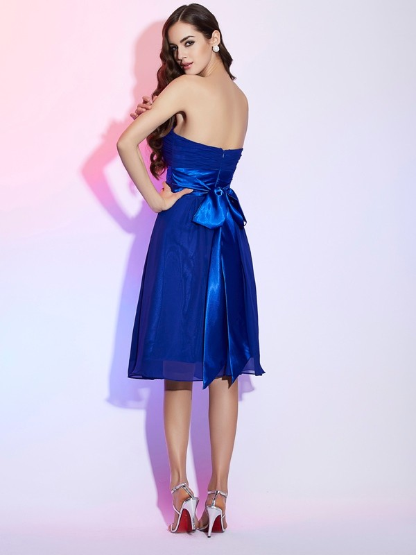 Chic A-Line Strapless Sleeveless Short Chiffon Homecoming Dress