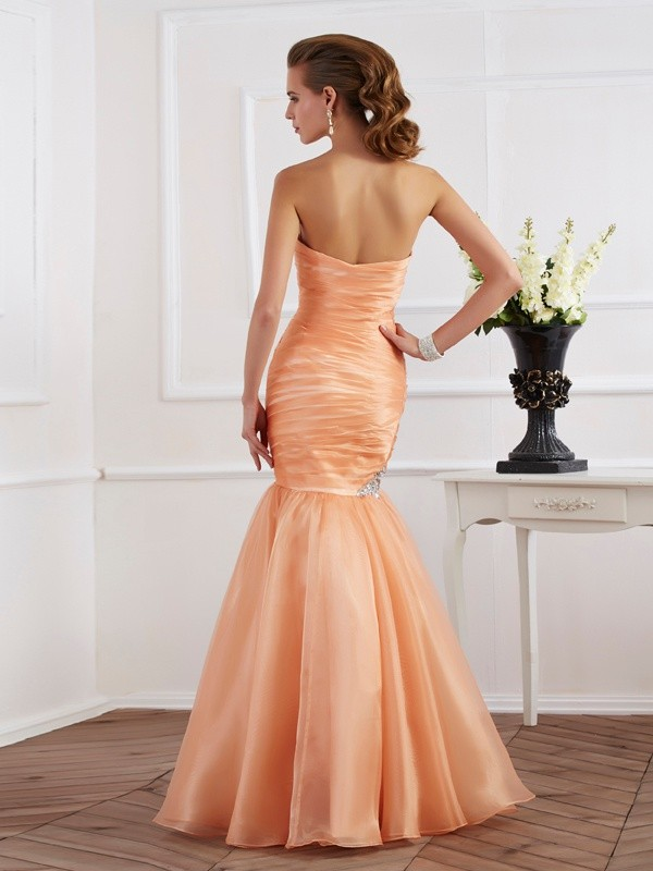 Stylish Mermaid Strapless Sleeveless Long Tulle Dress