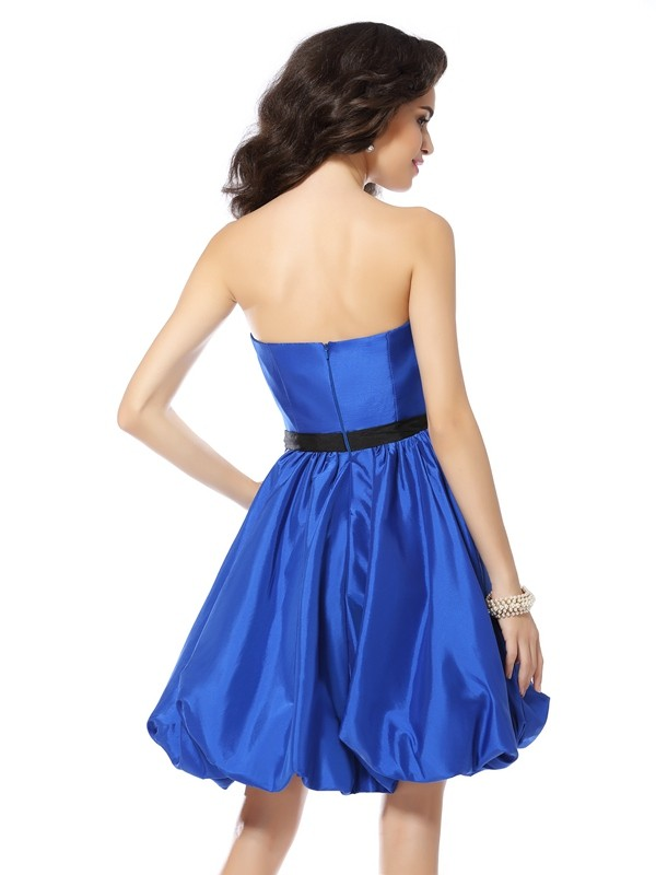 Classical A-Line Sweetheart Sleeveless Short Taffeta Cocktail Dress