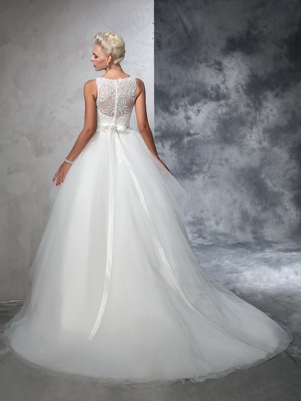 Nice Ball Gown Bateau Sleeveless Long Net Wedding Dress