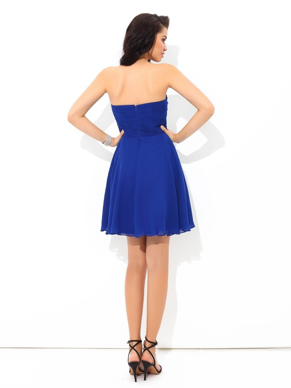 Amazing A-Line Sweetheart Sleeveless Short Chiffon Cocktail Dress