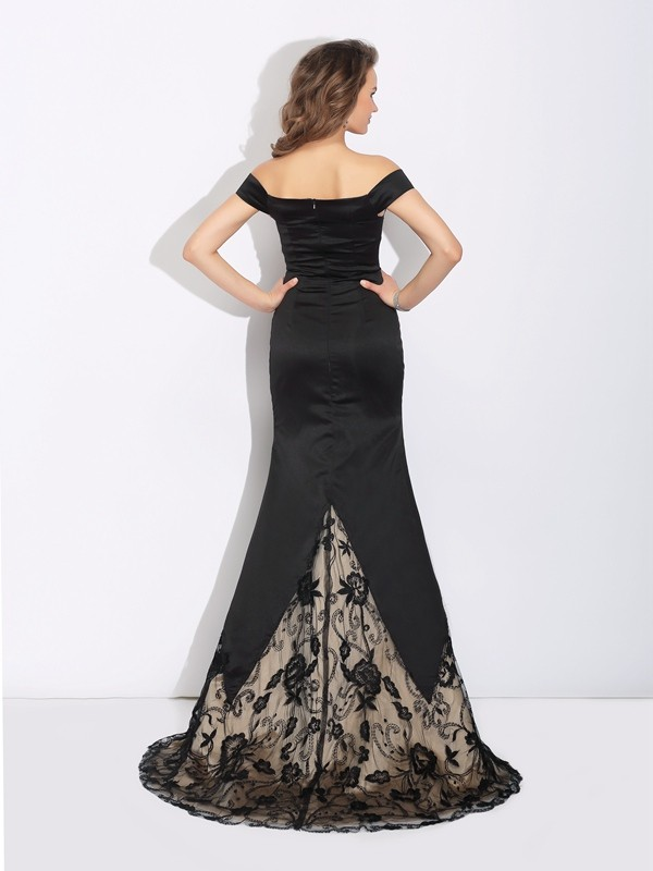 Amazing Mermaid Off-the-Shoulder Lace Sleeveless Long Satin Dress