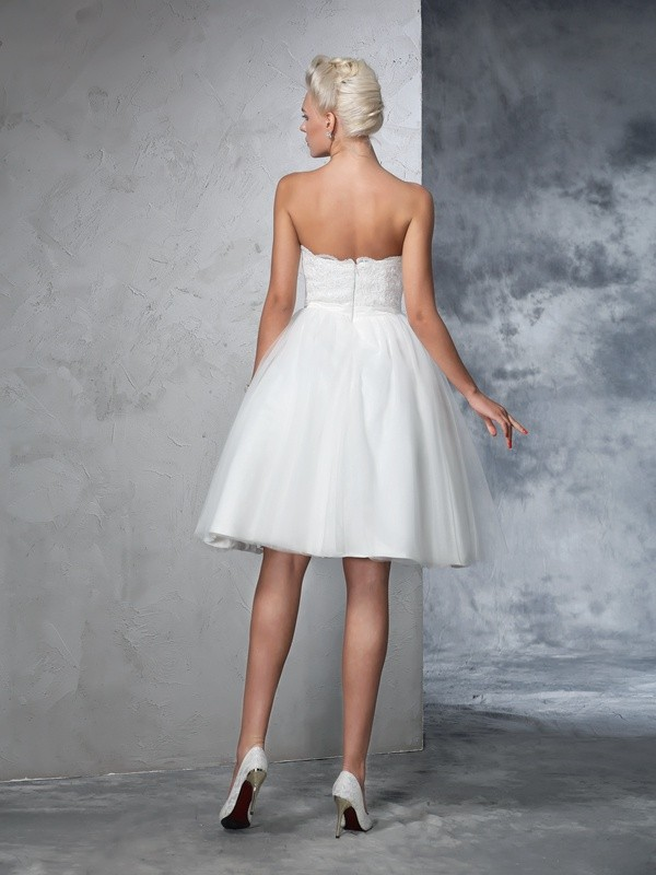 Glamorous A-Line Sweetheart Sleeveless Short Net Wedding Dress