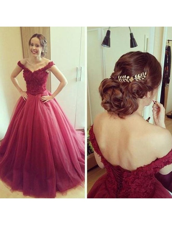 Stunning Ball Gown Off-the-Shoulder Sleeveless Floor-Length Tulle Dress