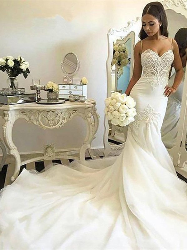 Fashion Mermaid Spaghetti Straps Sleeveless Chapel Train Tulle Wedding Dress