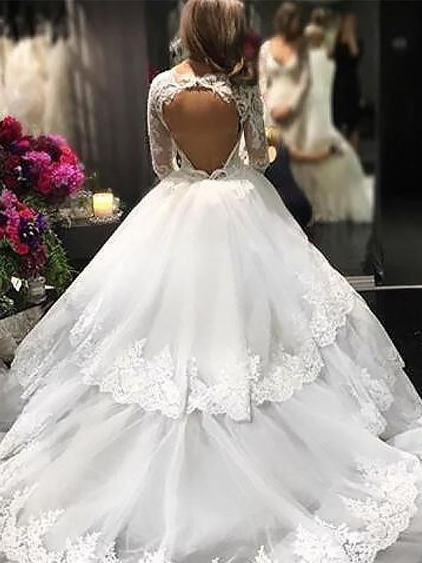 Exquisite Ball Gown V-neck Lace Tulle Long Sleeves Court Train Wedding Dress