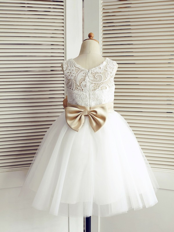 Affordable A-Line Tulle Lace Scoop Sleeveless Knee-Length Flower Girl Dress