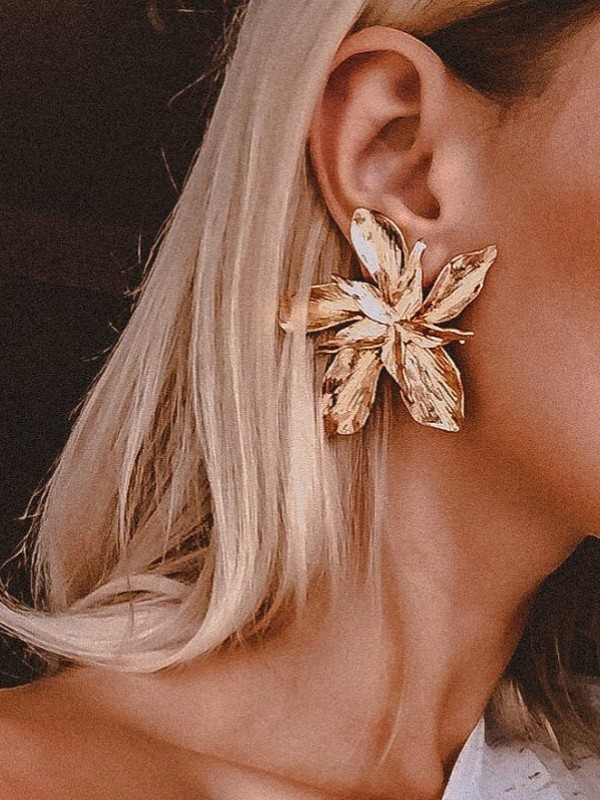 New Hot Sale Hot Sale Floral Metal Earrings