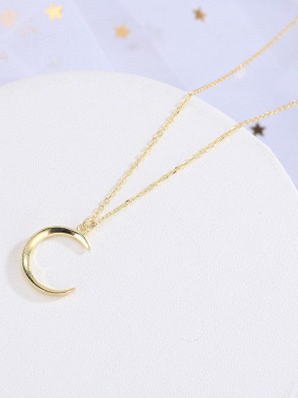 New Hot Sale Korean New Silver With Moon Necklace