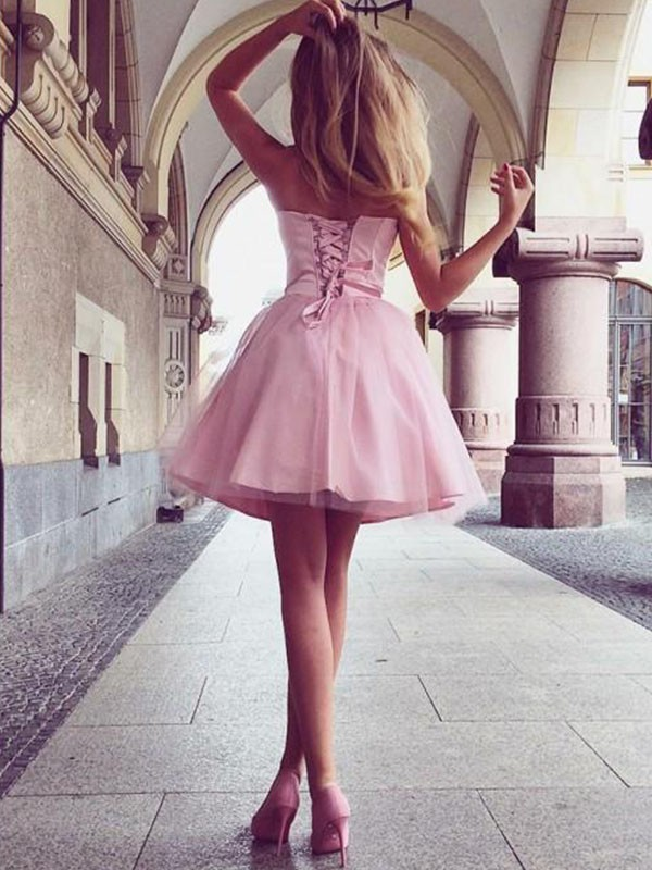 Gorgeous A-Line Sweetheart Sleeveless Satin Short Dress