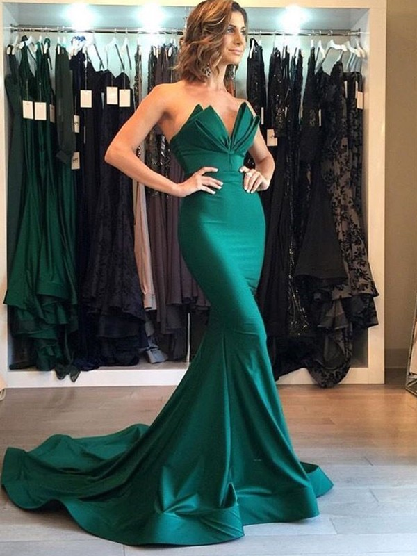 Elegant Mermaid Sleeveless V-neck Court Train Satin Dress