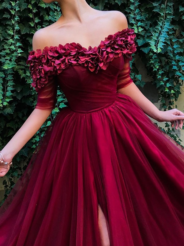 Stylish A-Line 1/2 Sleeves Off-the-Shoulder Sweep/Brush Train Tulle Dress