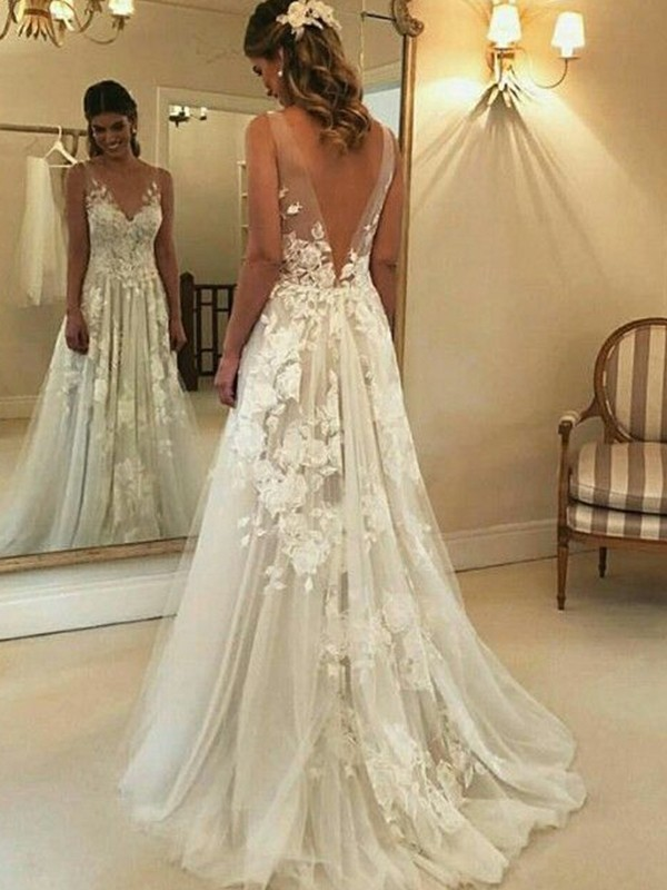 Exquisite A-Line V-neck Sleeveless Sweep/Brush Train Tulle Wedding Dress