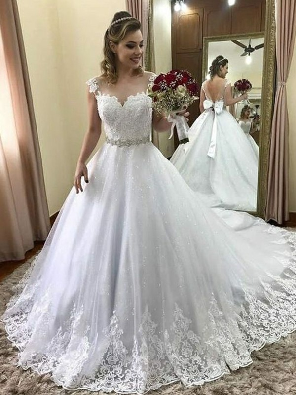 Amazing Ball Gown Sweetheart Sleeveless Court Train Tulle Wedding Dress