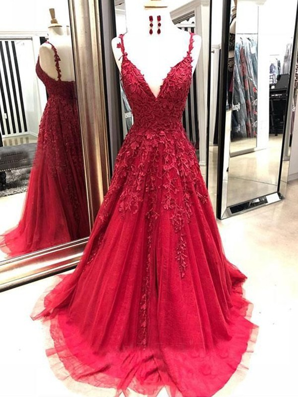 Exquisite A-Line Tulle Spaghetti Straps Sleeveless Sweep/Brush Train Dress